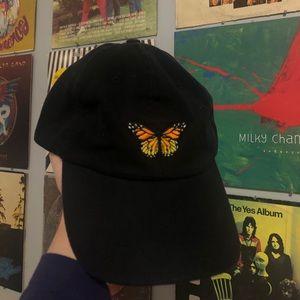 BRANDY MELVILLE BUTTERFLY HAT